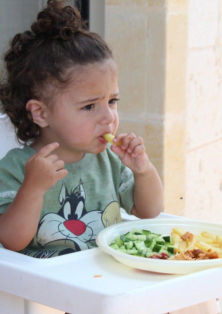 ¿Qué importancia tiene la alimentación en los niños?